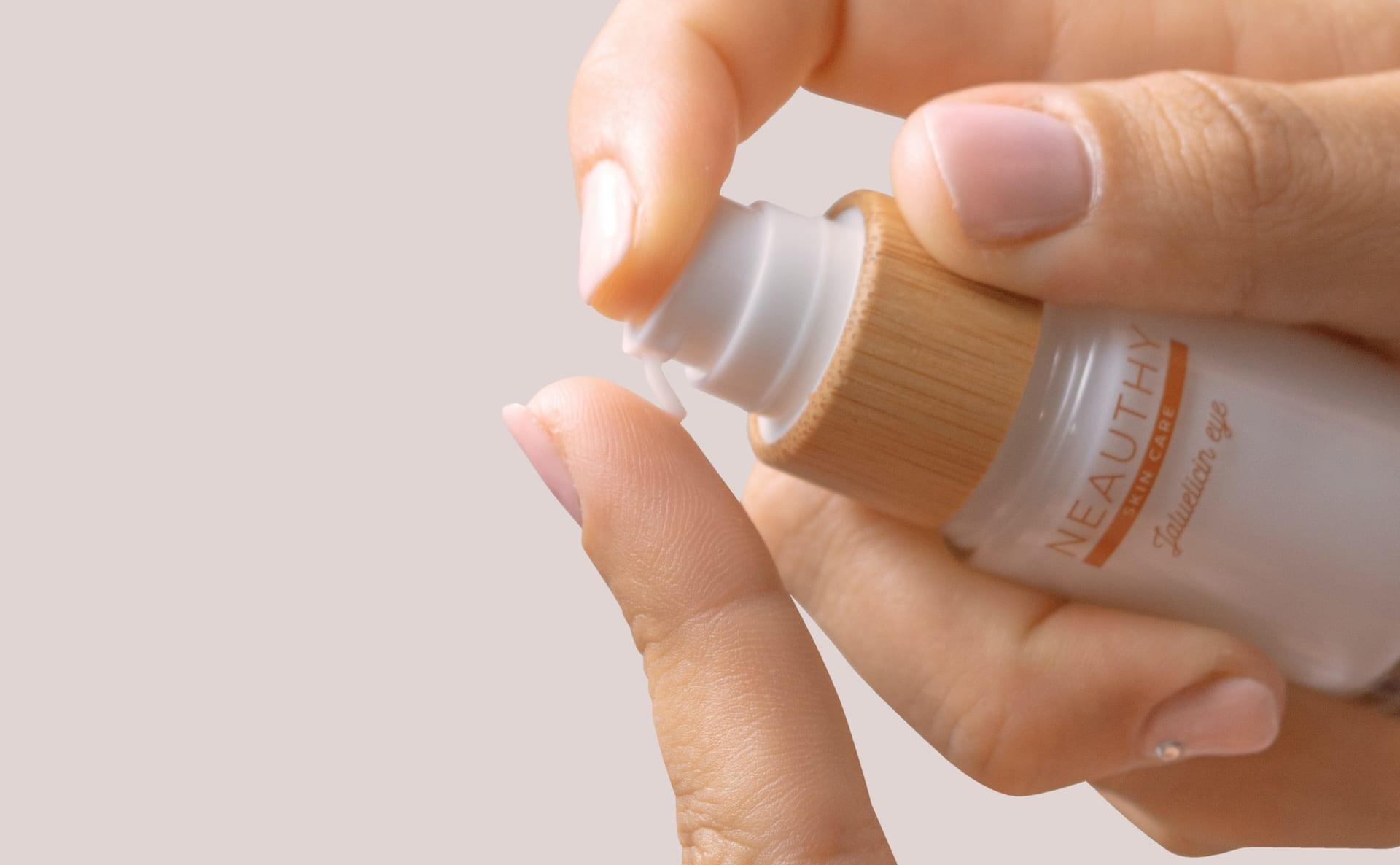 Cream nail polish remove
