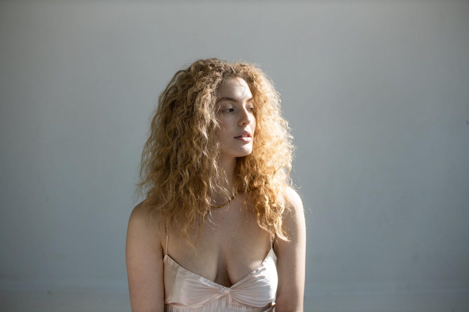 curly hair x21