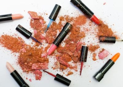 What's In My Makeup Bag: Packing The Essentials