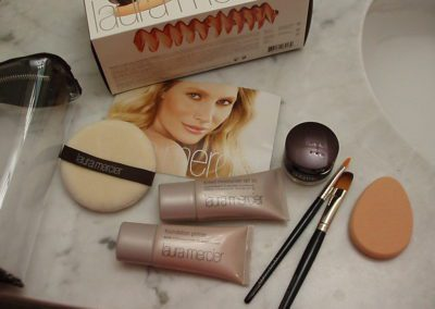 How to apply tinted moisturizer