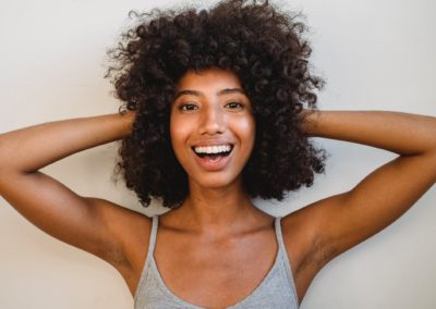 How To Use Leave-In Conditioner, Benefits & More